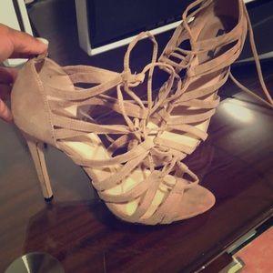 Sexy chic Heels